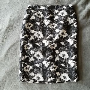 Calvin Klein Black and White Print Pencil Skirt